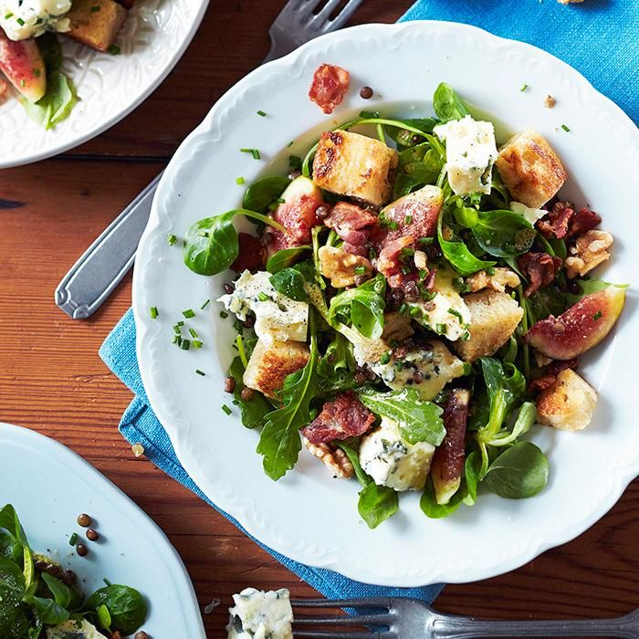 Rustiikki roquefort-salaatti