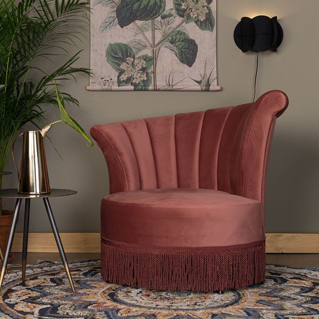 Let those twenties roar again! Flair will give any room that popular hotel lobby vibe in a jiffy.  #dutchbone #interior #seater #fauteuil #interiordesign #design #styling #interiorstyling #homedeco