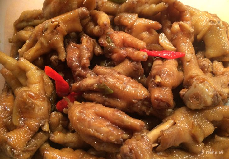 CEKER SEMUR PEDAS by Sasha Ali. Tender chicken feet with slightly hot and sweet-tasting soy sauce