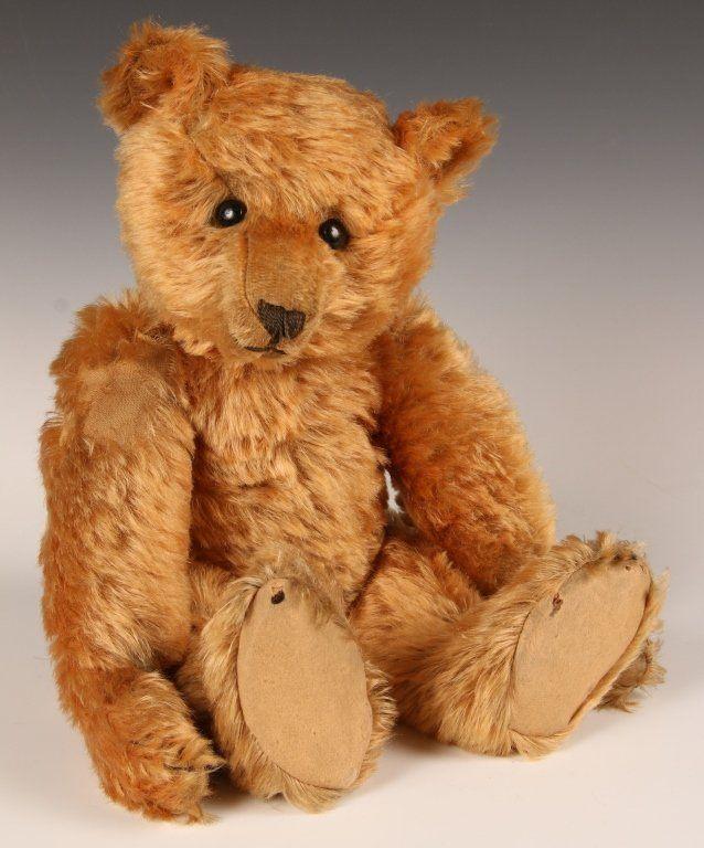 RARE CA. 1905 STEIFF TEDDY BEAR IN APRICOT MOHAIR : Lot 1