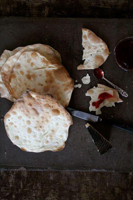 Mat På Bordet | En matblogg med oppskrifter fra morgen til kveld | Enkle kjeks til ost