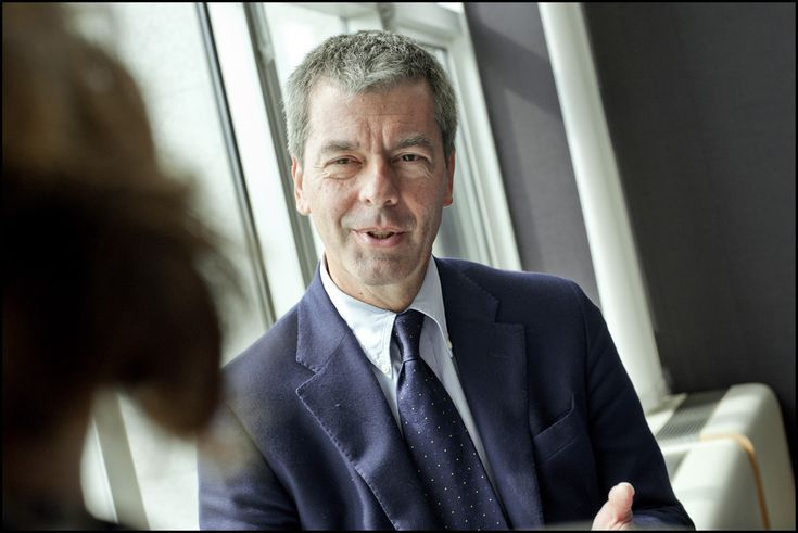 Italian MEP Leonardo Domenici on tougher rules on credit rating agencies, full interview: http://www.europarl.europa.eu/news/en/headlines/content/20120615STO46951/html/Credit-rating-agencies-to-face-tougher-rules