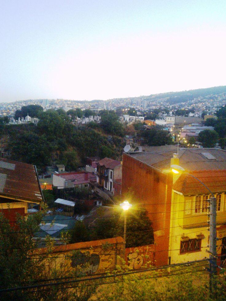 Vista del cerro Cárcel desde el cerro Concepción.