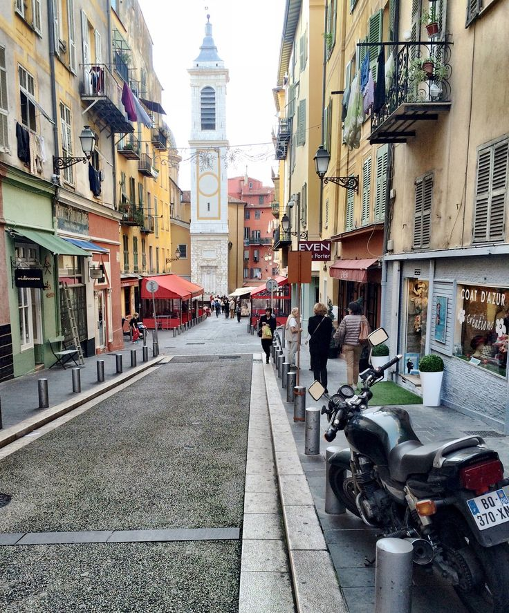A QUICK GUIDE TO VIEUX NICE - WHAT TO SEE, DO & EAT <> NICE , FRANCE