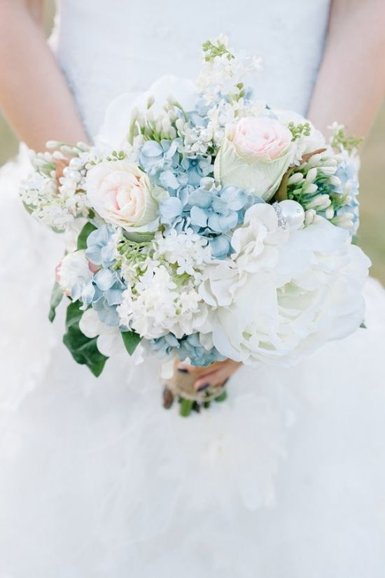 blue and white romantic wedding bouquet #bouquet #bride #weddingchicks http://www.weddingchicks.com/2014/04/10/blue-and-ivory-shabby-chic-wedding/