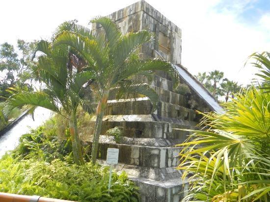Grand Mayan Nuevo Vallarta: Water Slide