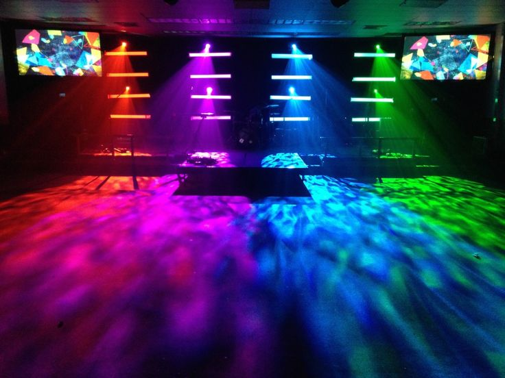 DIY Light Bars from Christ's Church in Jacksonville, FL | Church Stage Design Ideas