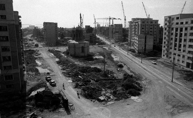 Pe Calea Călărași începuse o nebunie a construcțiilor la începutul anilor 90…