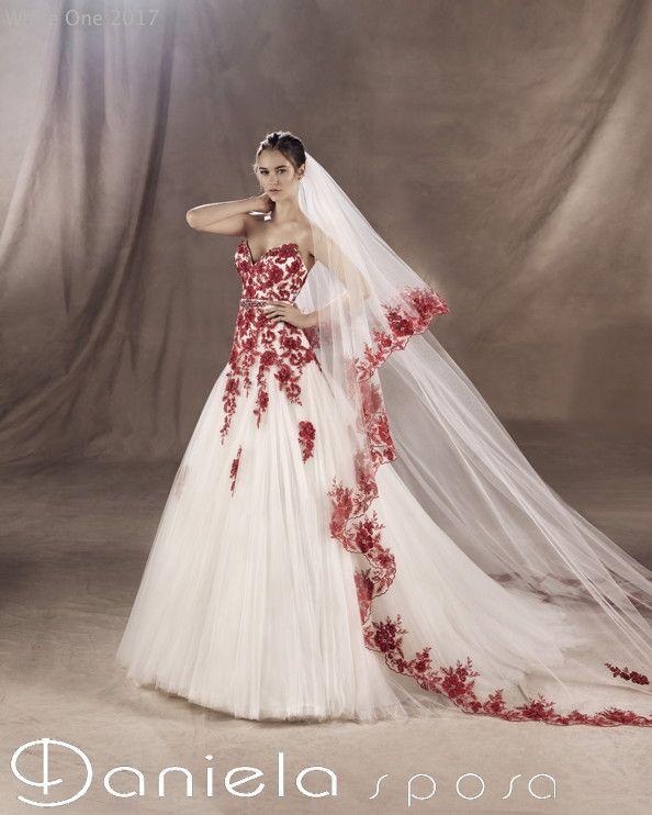 Siete stanche dei soliti abiti bianchi?  Ecco alcune proposte di abiti da sposa colorati di White One by Pronovias!  Qui tutta la collezione: http://www.danielasposa.it/sposa/white-one-pronovias/ #abitodasposa #wedding #colors #pronovias #danielasposa #mirano