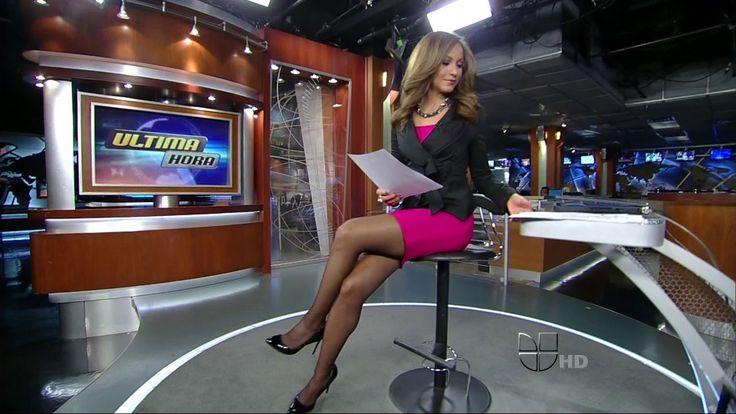 Newscaster upskirt video guerrido