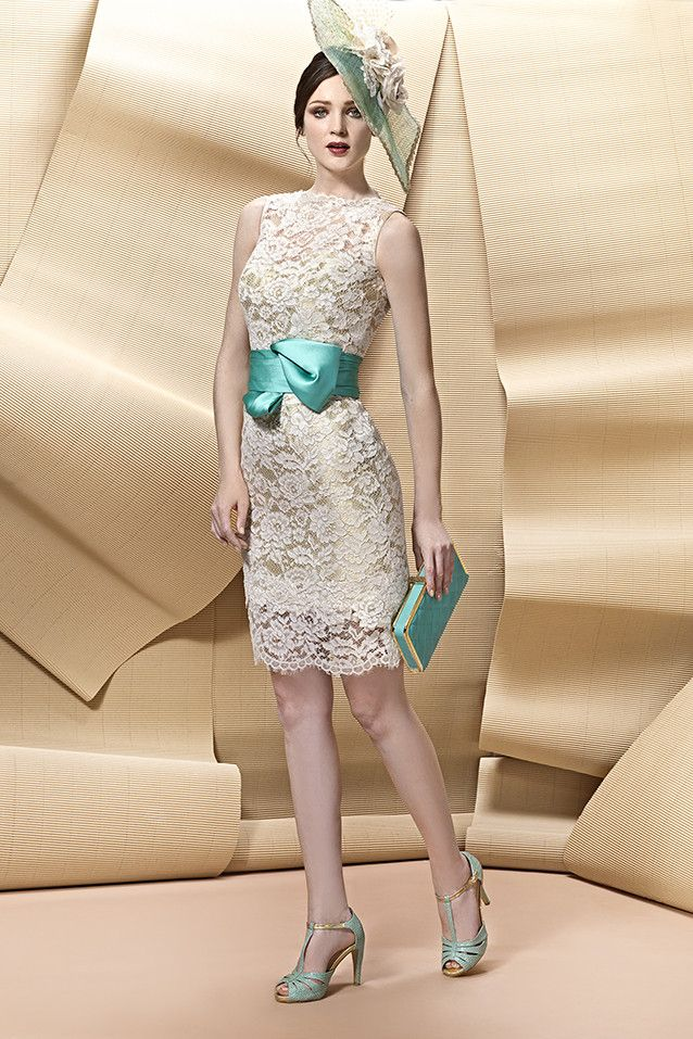 Vestido corto de coctel modelo A1724 de Angela Ariza by Higar Fiesta | Boutique Clara