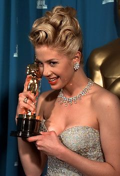 """MIRA SORVINO, Best Supporting Actress, """"Mighty Aphrodite"""" (1995)"""