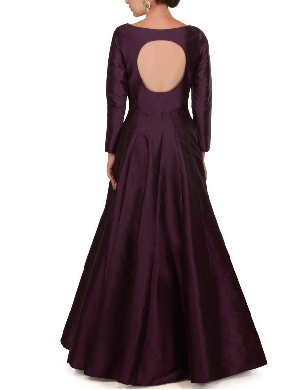 Indo Western wedding reception gown. Latest Indian Gowns for wedding and party. Quality Guarantee.