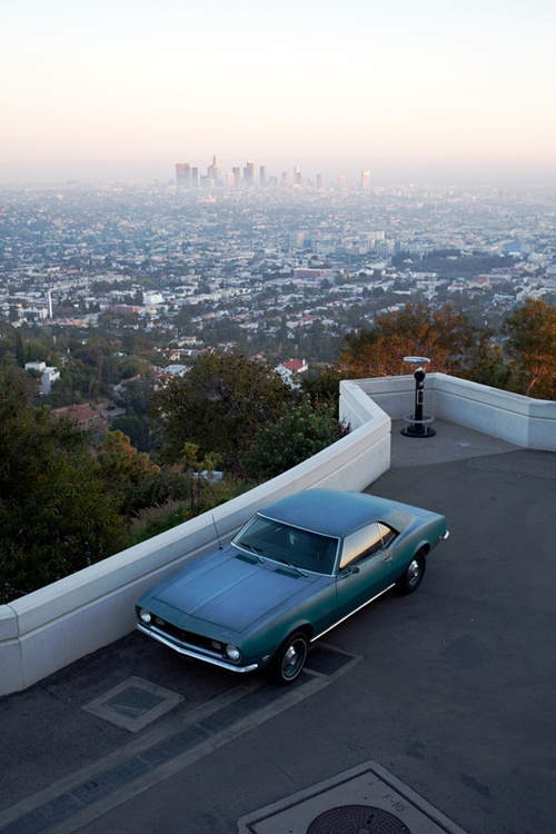 Griffith Observatory, Griffith Park how did that car get their thru the tiny path?!