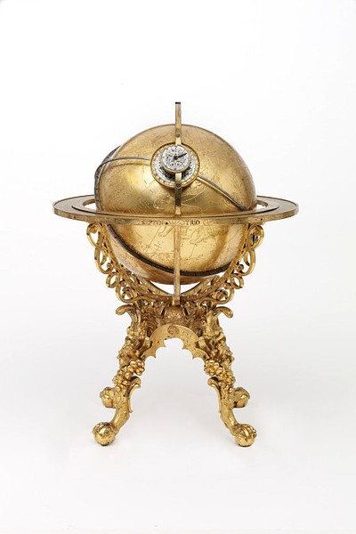 This mechanical clock was bought by the Emperor Rudolph II in 1584 and housed in the Imperial Treasury in Prague. The globe served as a model of the universe simulating the movements of the sun, the moon and the stars. It could predict the movements of celestial bodies at any time in the past and the future and could tell the time by the position of the stars.