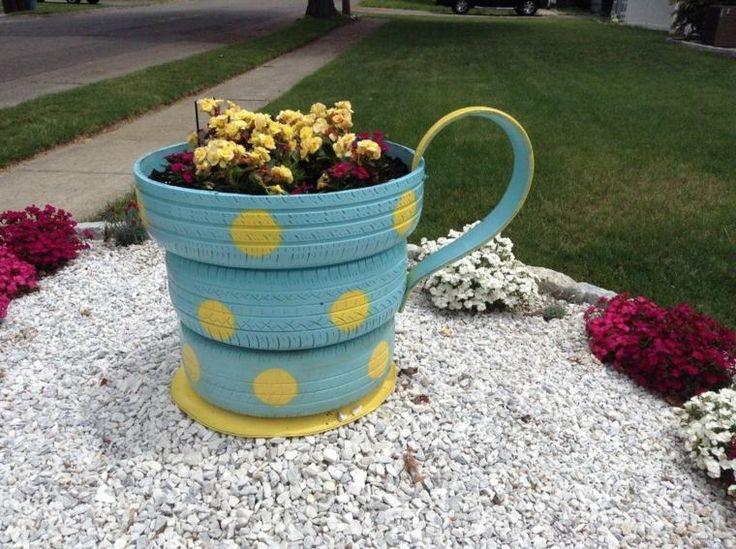 17 Meilleures Id Es Propos De Pneus En Jardini Res Sur Pinterest Pots De Fleurs Jardin Aux