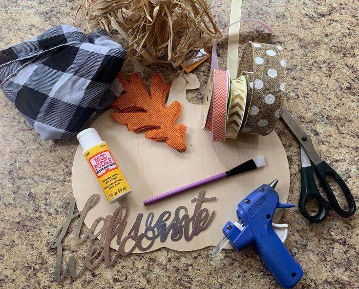 Dollar Tree Fall Decor DIY for $3.00 – Lizzy & Erin