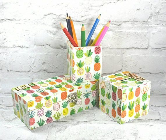 Hey, I found this really awesome Etsy listing at https://www.etsy.com/uk/listing/555526999/personalised-pineapple-gift-set
