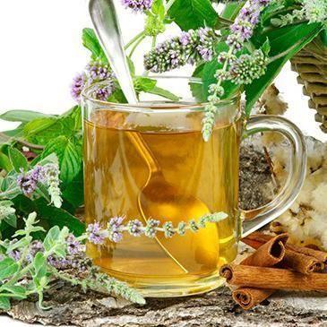 Come preparare una tisana di salvia. La salvia è una pianta aromatica originaria del mediterraneo molto utilizzata sia in cucina che nell'ambito della medicina e della cosmetica. Le proprietà antiossidanti e diuretiche la rendono un rime...