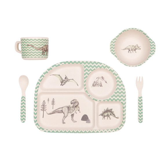 there are so many gorgeous choices in this Byron Bay, Australia etsy store great dinner set for junior members of the family, filled with character and charm and safe and healthy for little ones. Bamboo Dinnerware  Dinosaur Feast  FDA & LFGB food by LoveMaeStore