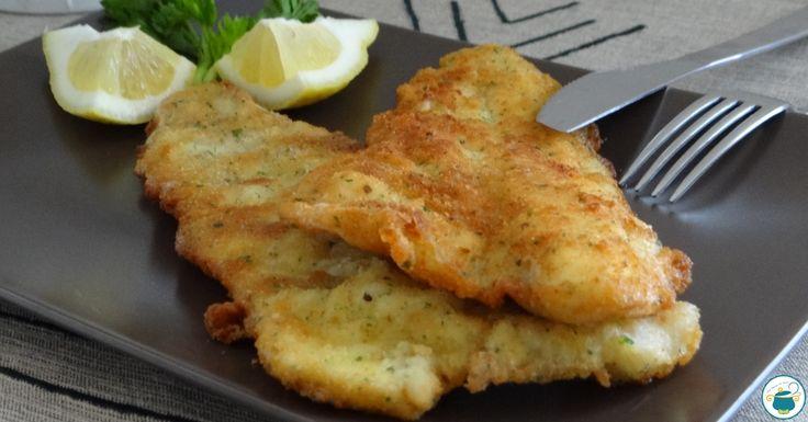 Realizzare in casa i filetti di pesce impanati è semplice, sano ed economico. Un mix di erbe e scorza di limone regalerà tanto gusto all'impanatura.