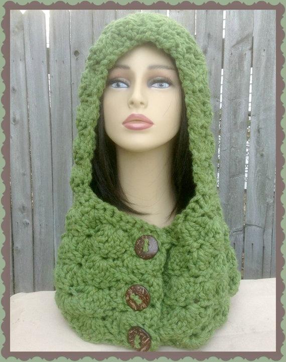 Hooded Cowl Green Crochet scarf Neckwarmer by threadmagicians, $42.00