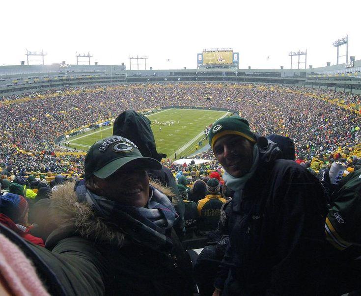 Go pack go! 💚 #8765km #rj #greenbay | Green Bay Packers | Pinterest ...