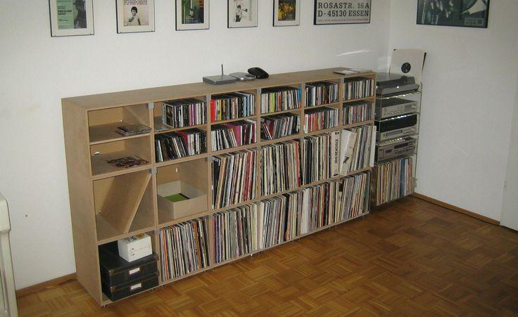 die besten 25 lp regal ideen auf pinterest vinyl plattenregal diy schallplatten aufbewahrung. Black Bedroom Furniture Sets. Home Design Ideas
