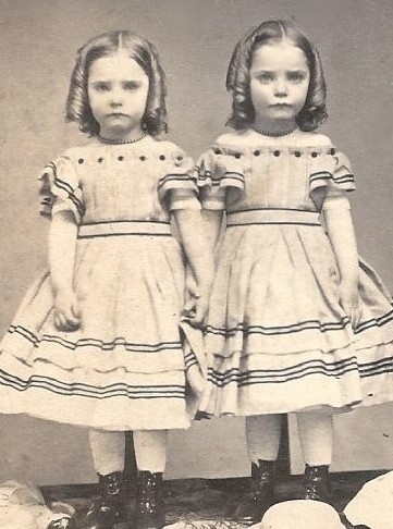 twins / Reminds me of The Shining