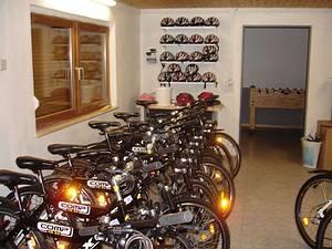 Let's bike! Unser MTB-Pool lädt zu Touren rund um Reichenbach ein. Wir haben verschiedene Routen auf einem GPS-Gerät für euch vorbereitet