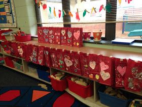 The Kindergarten Teacher: Valentine's Day in Kindergarten!
