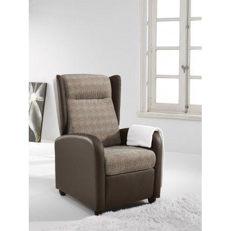 Sillón Relax Orejero Sena tapizado en piel sintética color chocolate o estructura en piel sintética chocolate y espaldar ,asiento y reposabrazos.