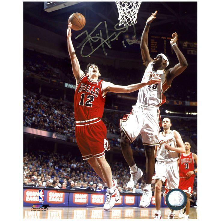 "Kirk Hinrich Chicago Bulls Fanatics Authentic Autographed 8"" x 10"" Layup Photograph - $9.49"