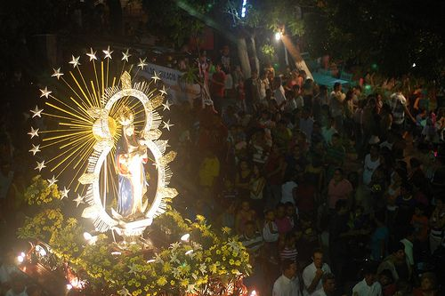 Christmas traditions in latin america guatemala for Top 10 christmas traditions in america