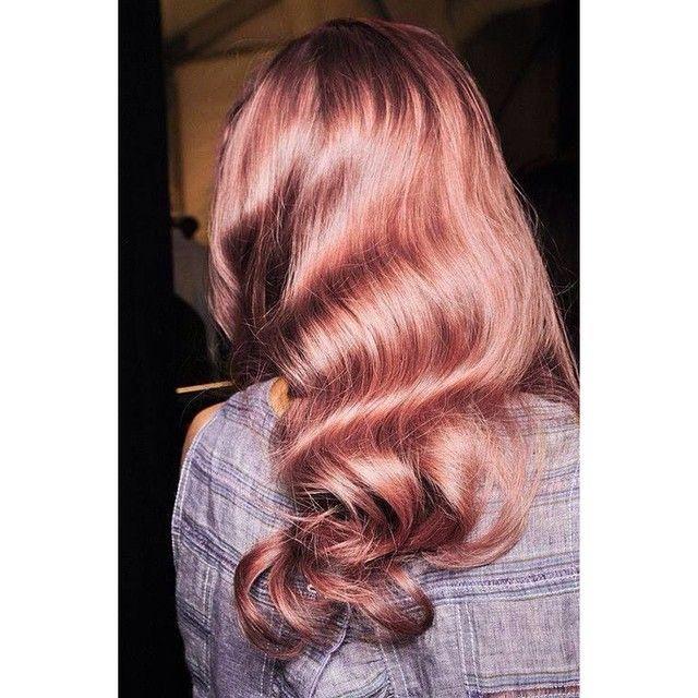 Loving the rose gold tones  #AmoreHair #RoseGold #BeautifulHair #Hairinspo #BeautifulColours #ColouredHair #RoseGoldHair #RoseGoldTone