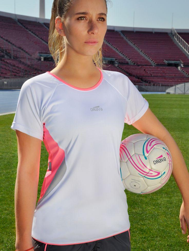 Camiseta Fast Blanca Encuéntrala en www.drava.cl y #pontedrava