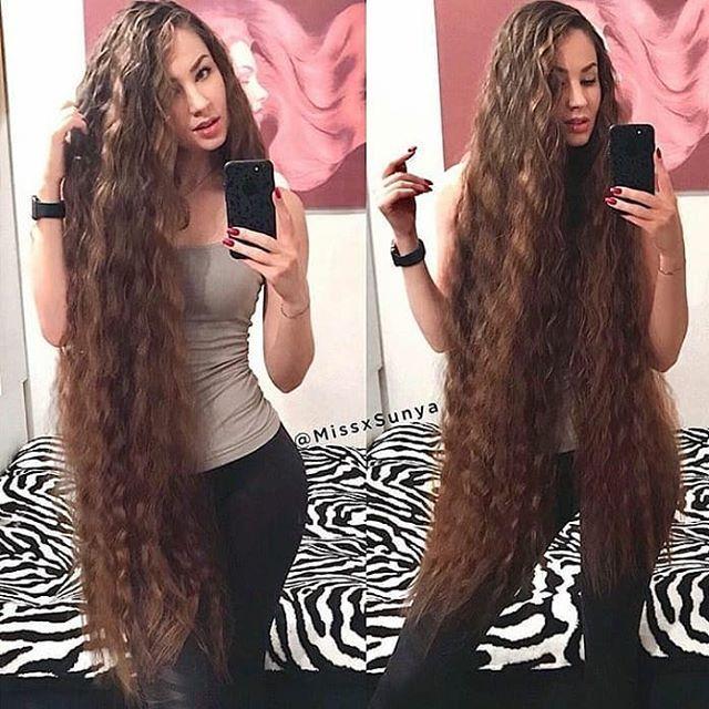 Instagram Instagram Pferdeschwanz Lockige Frisuren Frisur Dicke Haare Haar Styling
