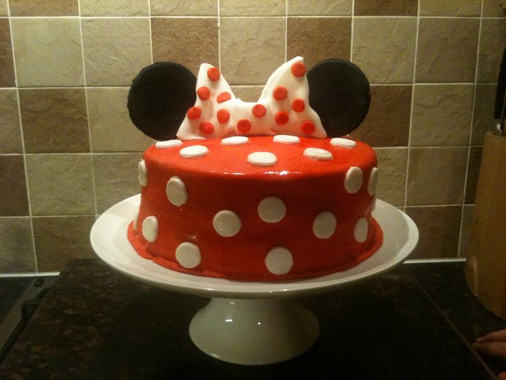 Minnie Mouse Homemade Birthday Cake Minnie Mouse Pinterest