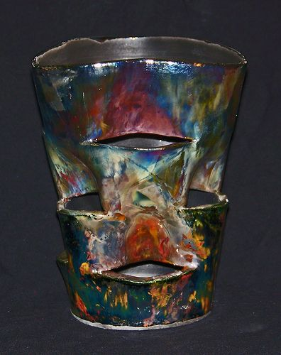 Outlaw-pottery-raku-planter-396x500