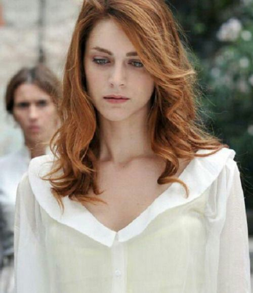 La dama velata; Miriam Leone