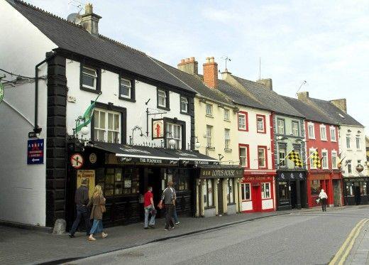 Christmas in Ireland: Irish Customs & Traditions