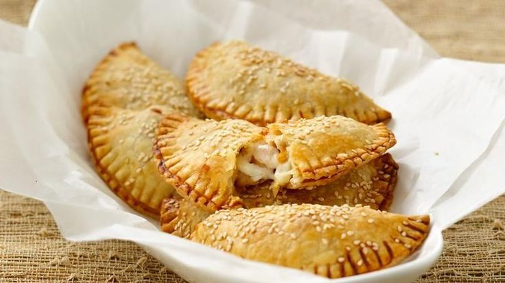 Comfort food has never been crunchier & more #delicious! Try these Shrimp Empanadas with #Cheese.