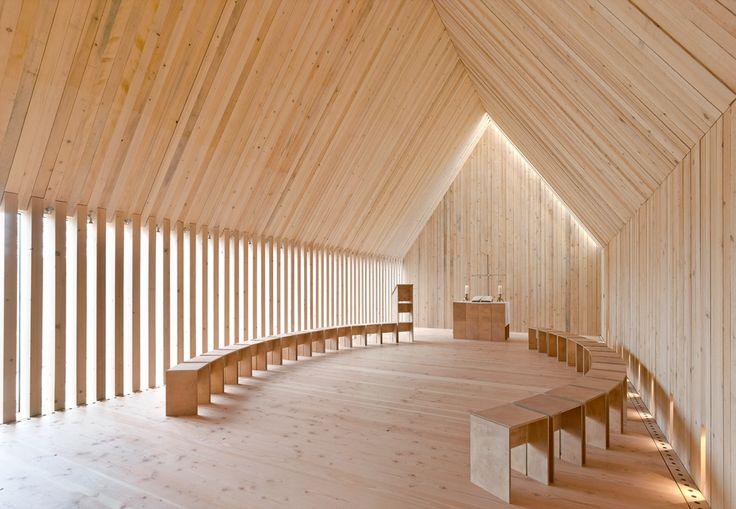 Sakrale Architektur im Selbstbau: Waldkapelle in Neckarzimmern