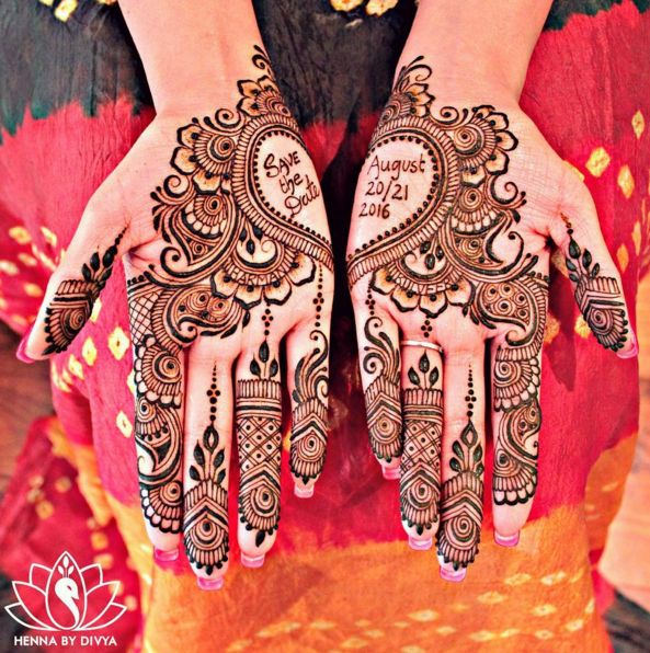 This hand heart. | 16 Pictures Of Super Neat Mehendi That Will Leave You Satisfied