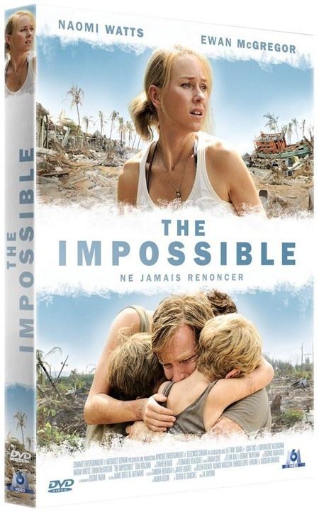 """""""The Impossible Bande Annonce VF"""" Ce film tout relate l'histoire vraie d'une famille venue passer les vacances de Noël en Thaïlande en décembre 2004. Tous se trouvent séparés par la catastrophe naturelle, ce terrible tsunami survenu le 26 décembre. Perdus au milieu des milliers de survivants et de personnes venues porter secours, ils feront tout pour survivre. Au beau milieu du chaos, parviendront-ils à se retrouver ?  Film/1h47min/Version française /Zone 2"""