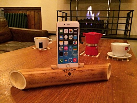Acoustic bamboo speakers for iPhone 4/4s5/5s5c6/6s. by BambooStyle