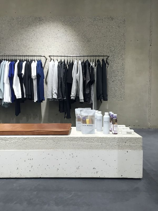 vosgesparis: ETQ Amsterdam   Concrete and fashion in an Amsterdam store