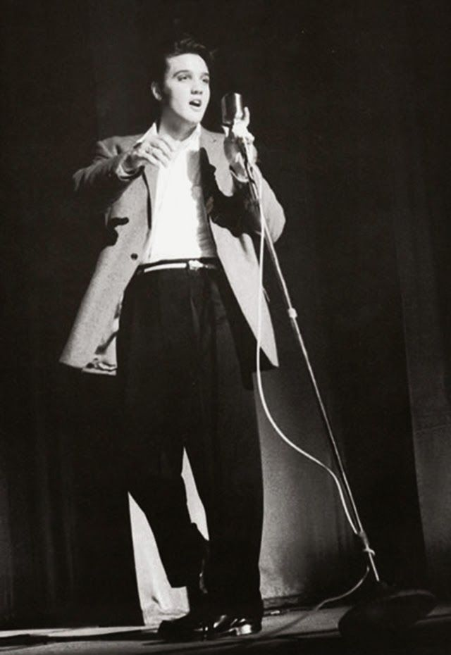Rare Photos of Elvis Presley's Concerts at the Florida Theatre on August 10 & 11, 1956