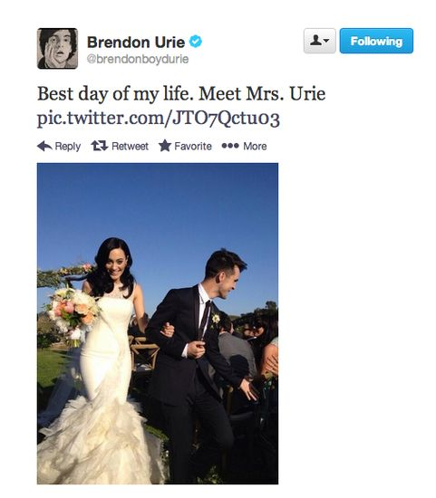 Brendon Urie is the most adorable guy ever, congratulations to the beautiful couple!! Panic! At the Disco lead singer and wife Sarah