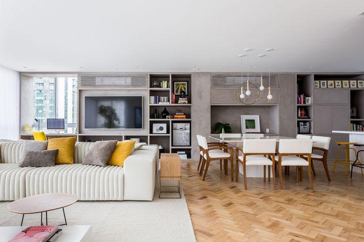 Apartamento da Fabiana Justus com detalhes da sala de TV, projeto de arquitetura da Suíte Arquitetos.